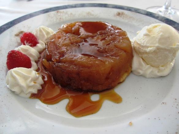 Tarta Tatin Restaurante Victor-Guadalmina Cocinar con Milagros